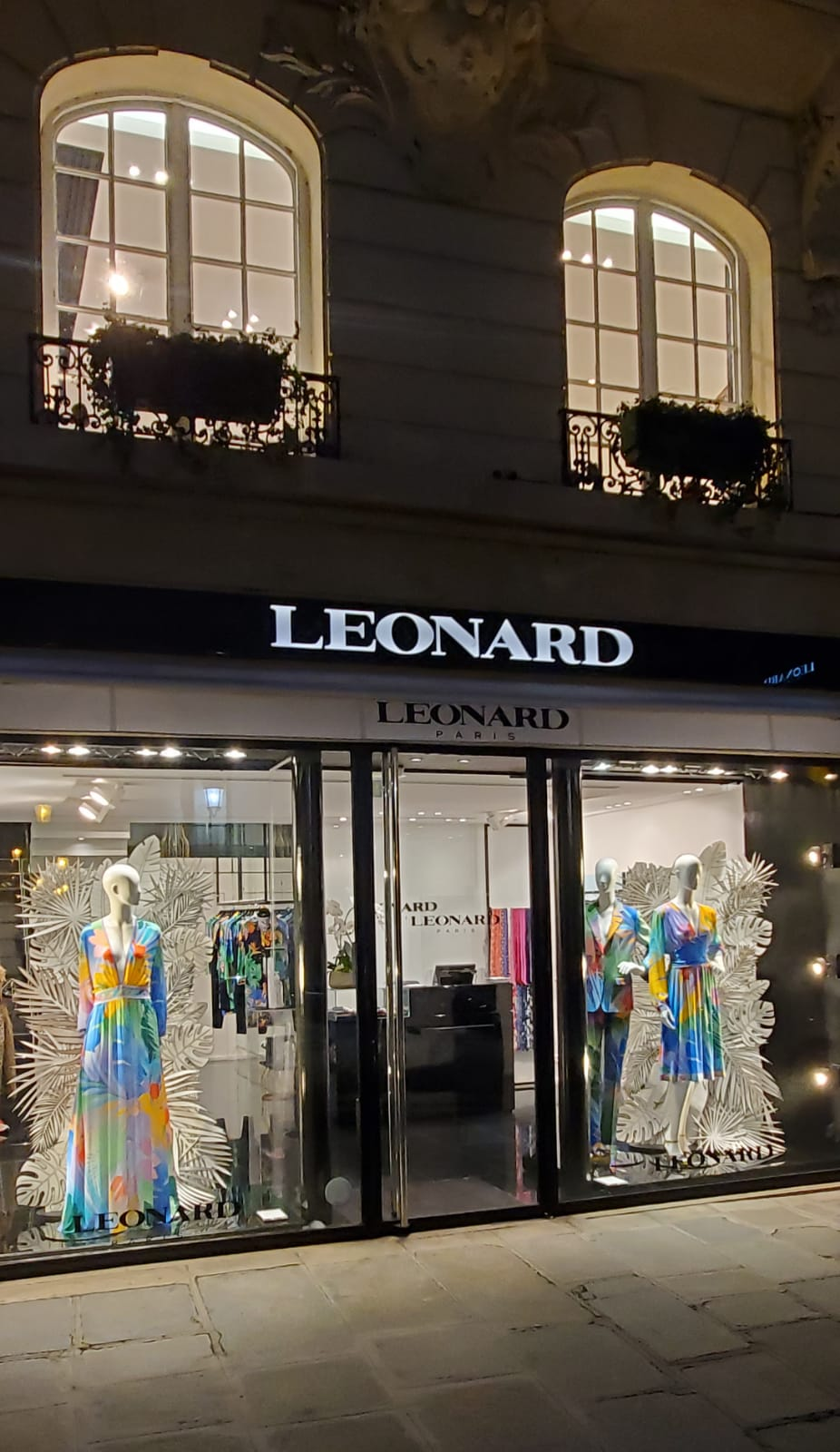 Fashion Shop Leonard Paris